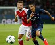 Football Soccer - Paris Saint-Germain v Arsenal - UEFA Champions League Group Stage - Group A - Parc des Princes, Paris, France - 13/9/16 Paris Saint-Germain's Angel Di Maria in action with Arsenal's Shkodran Mustafi Reuters / Benoit Tessier Livepic EDITORIAL USE ONLY.