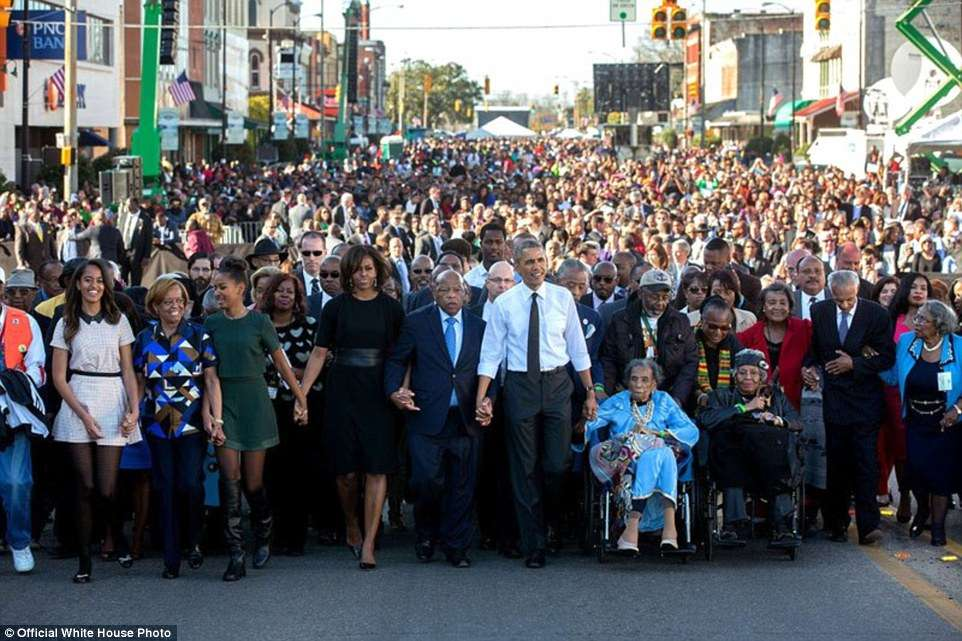 3A3F913800000578-3926100-March_7_2015_For_Presidential_trips_I_usually_have_another_White-a-9_1478871703410