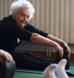 _93651659_c0107248-elderly_women_exercising-spl