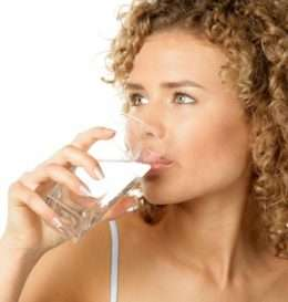 woman-drinking-water