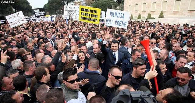 protesta-e-pd_0