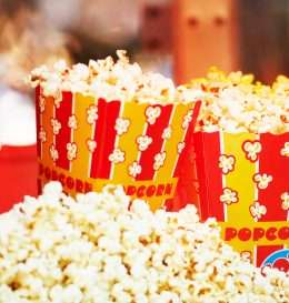 01_reasons_need_popcorn_in_diet_calories_peopleimages