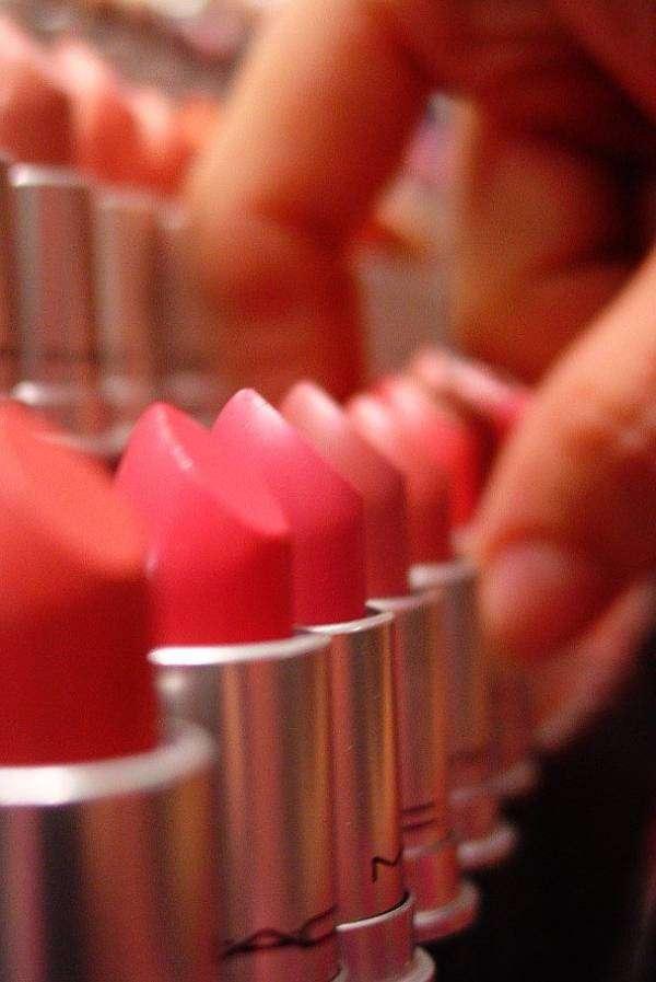 lipstick-gun-1