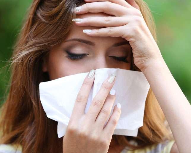 Virozat e pranverës   kuroni dhimbjet e fytit me çajra bimorë