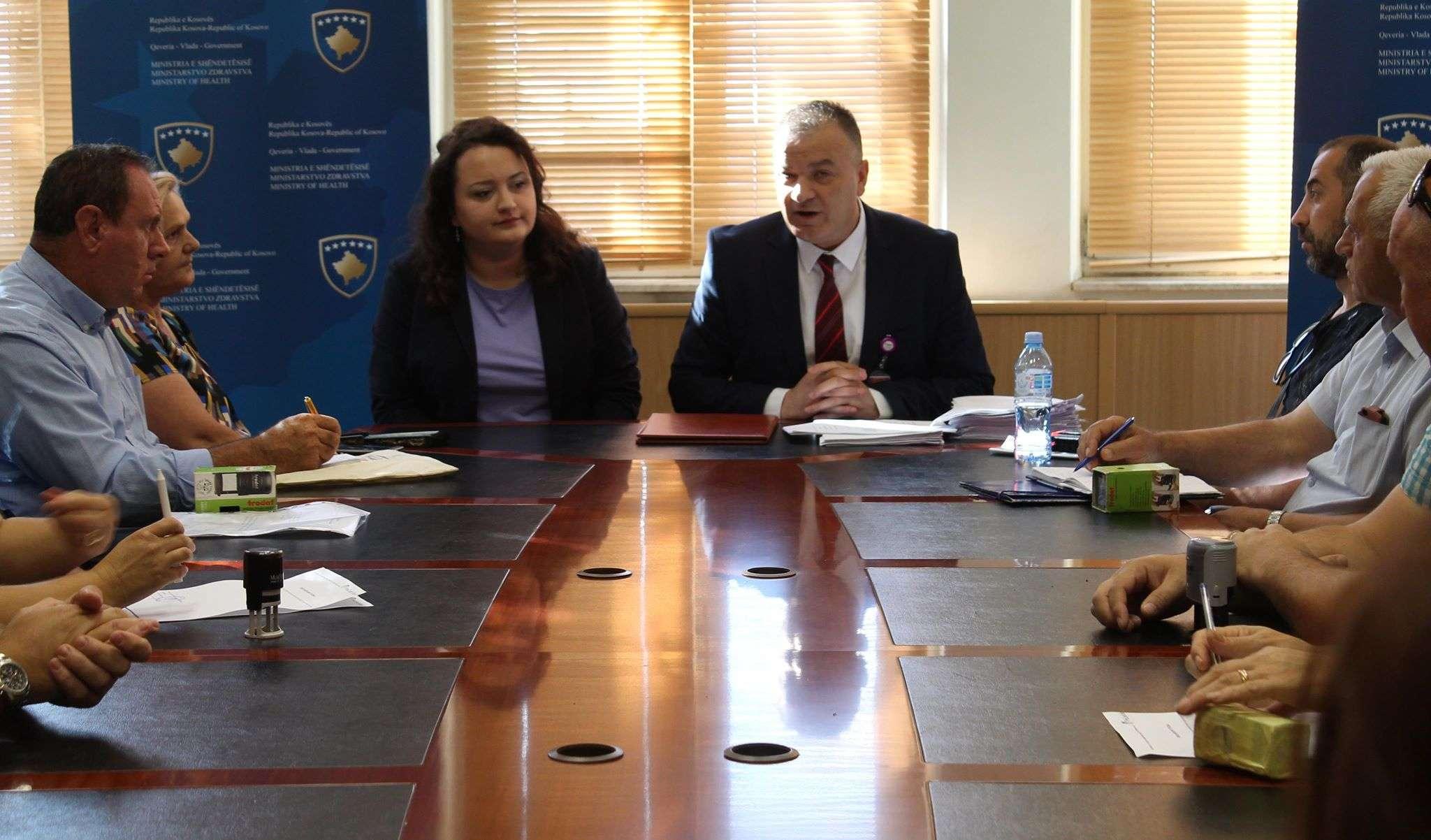 Ministria e Shëndetësisë financon 31 OJQ për ruajtjen dhe përparimin e shëndetit