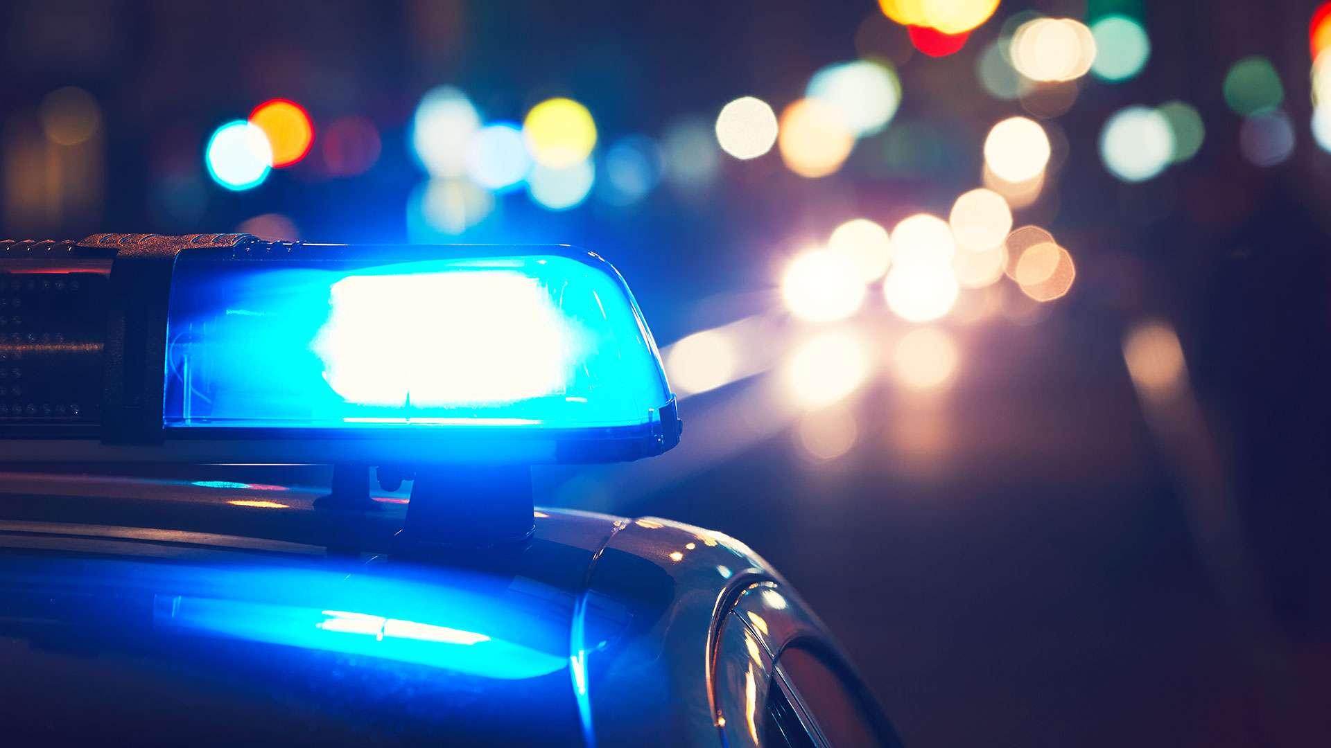 Digjet qëllimisht një veturë në Pejë  Policia jep detaje