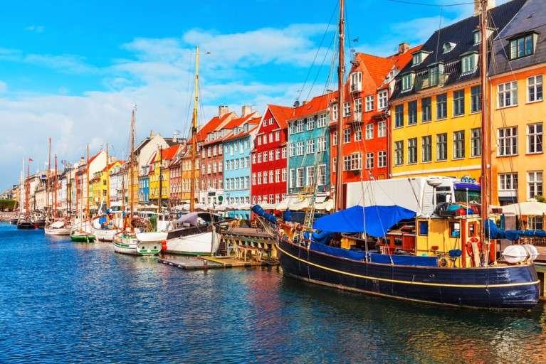Rrugët plot ngjyra të Europës
