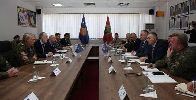 nje-delegacion-i-larte-i-nato-s-ne-kosove-priten-nga-berisha-dhe-rama