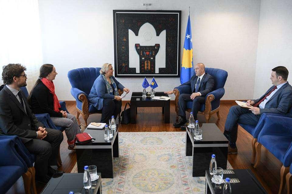 Haradinaj takon shefen e EULEX it  diskutojnë fuqizimin e sundimit të ligjit