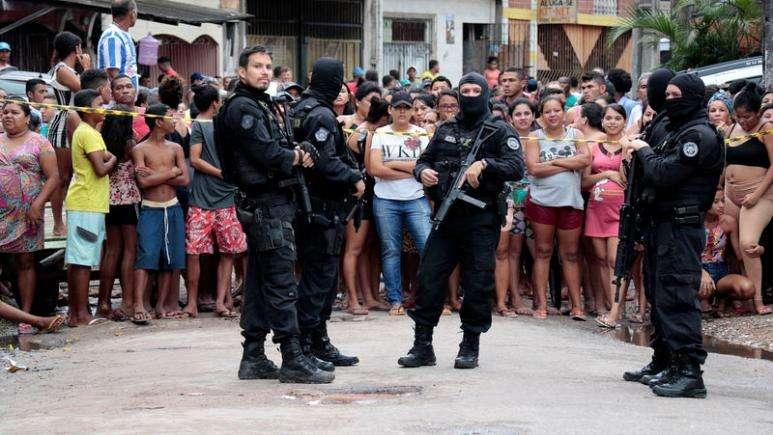 konflikt-i-armatosur-ne-nje-bar-te-brazilit-11-te-vdekur