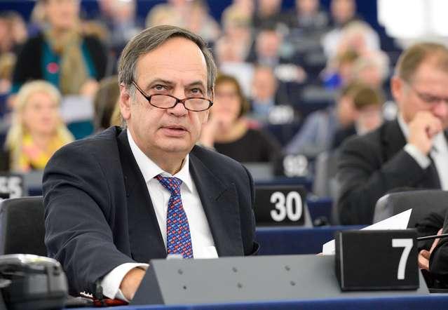 knut-fleckenstein-humb-karrigen-ne-parlamentin-europian