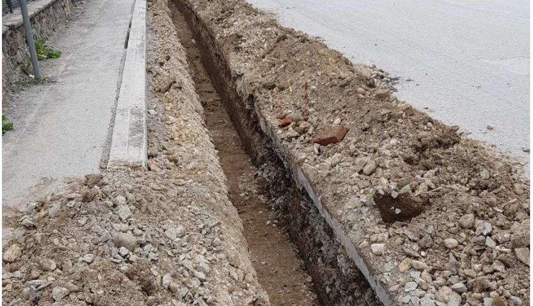 Ndërrimi i gypit e lë lagjen  Dardania  katër ditë pa ujë