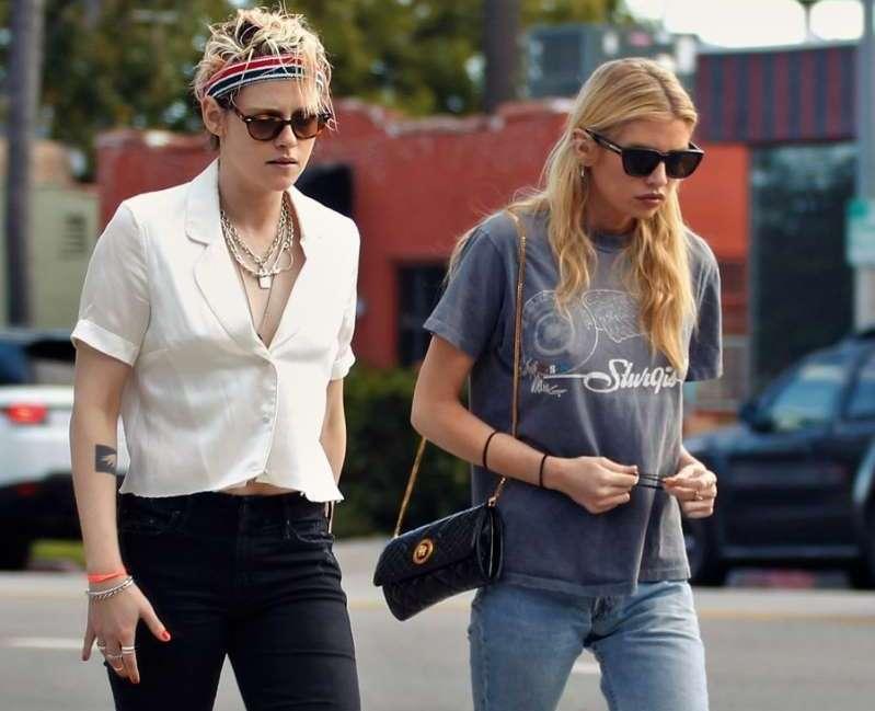 Kristen Stewart ribashkohet me Stella Maxwell