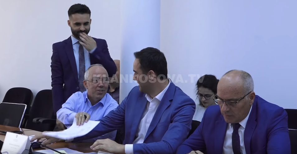 Deputetët kritikojnë raportin e ARKEP it