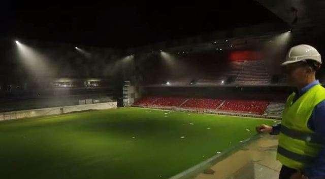 Pamje të mrekullueshme të  Arena Kombëtare   testohet sistemi i ndriçimit  FOTO VIDEO