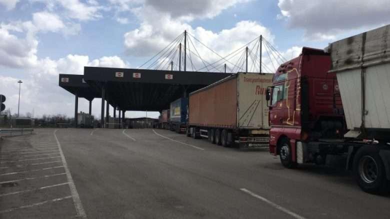 Reciprociteti: 20 kamionë nga Serbia e njohën Republikën e Kosovës, 13 u kthyen prapë