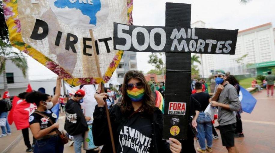 brazilianet-protestojne-kunder-bolsonaros-thone-se-nuk-e-menaxhoi-si-duhet-pandemine